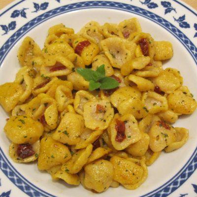orecchiette vegan aglio olio pomodori zafferano_giuliagiunta_io scelgo veg