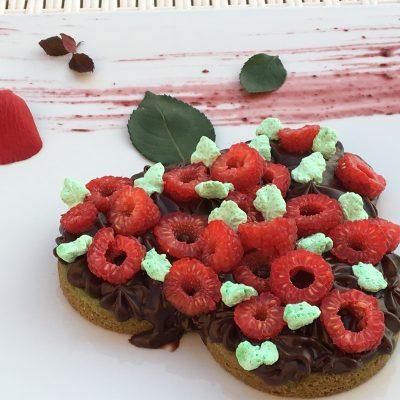 Bisquit cake con crema di cioccolato crudista_Stefano Broccoli_io scelgo veg