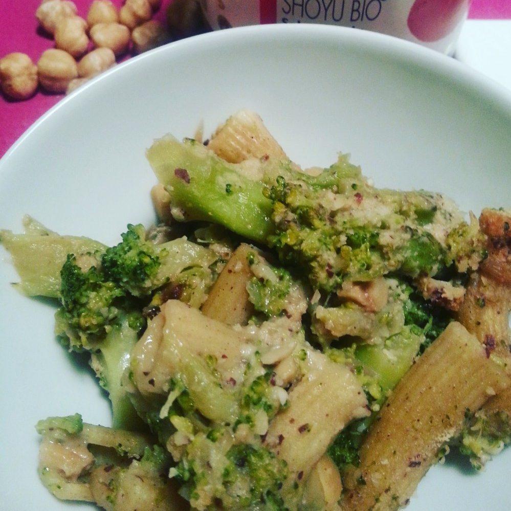 Sformato di pasta con broccoletti e nocciole