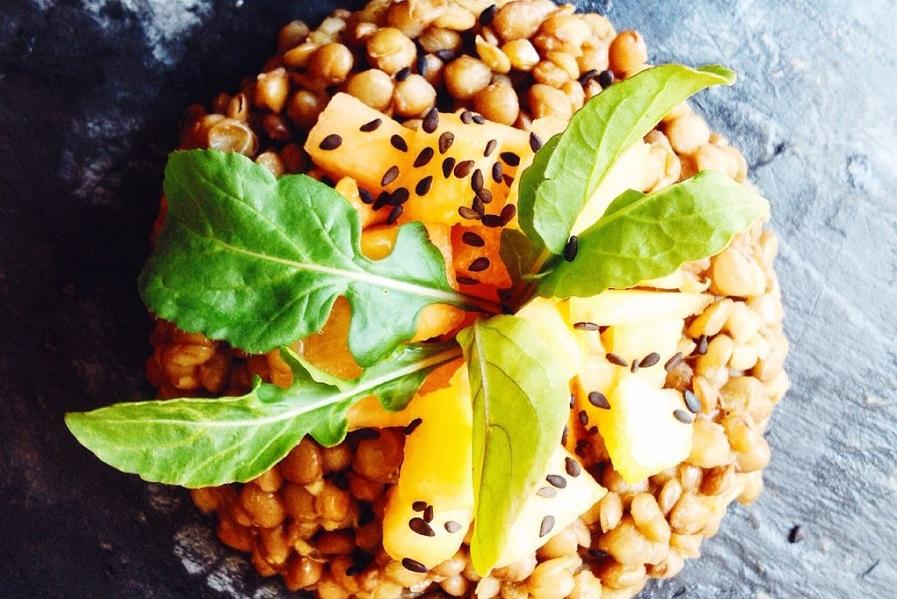 Insalata di lenticchie, melone e rucola