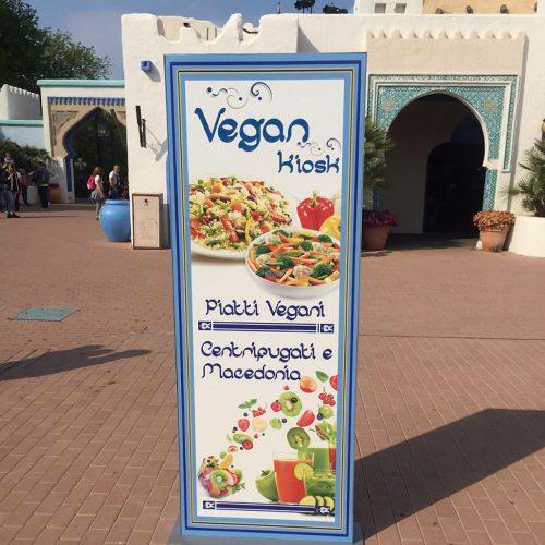 vegan kiosk -verona-gardaland-vegan_ioscelgoveg