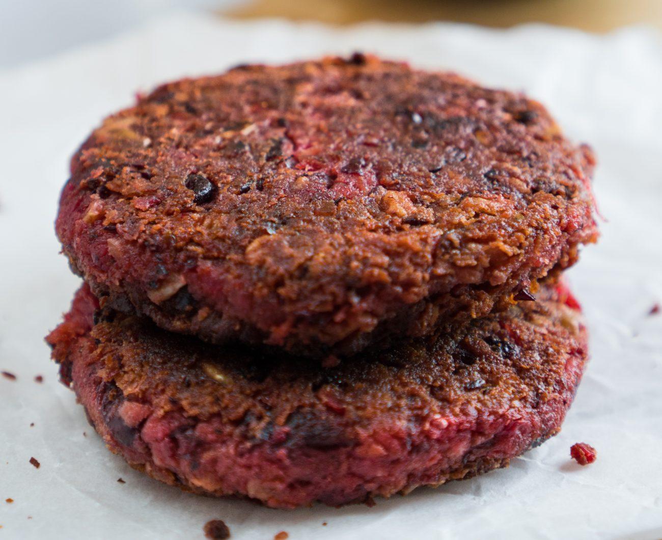 Burger di fagioli rossi e barbabietola