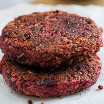Burger di fagioli e barbabietola vegan ElefanteVeg