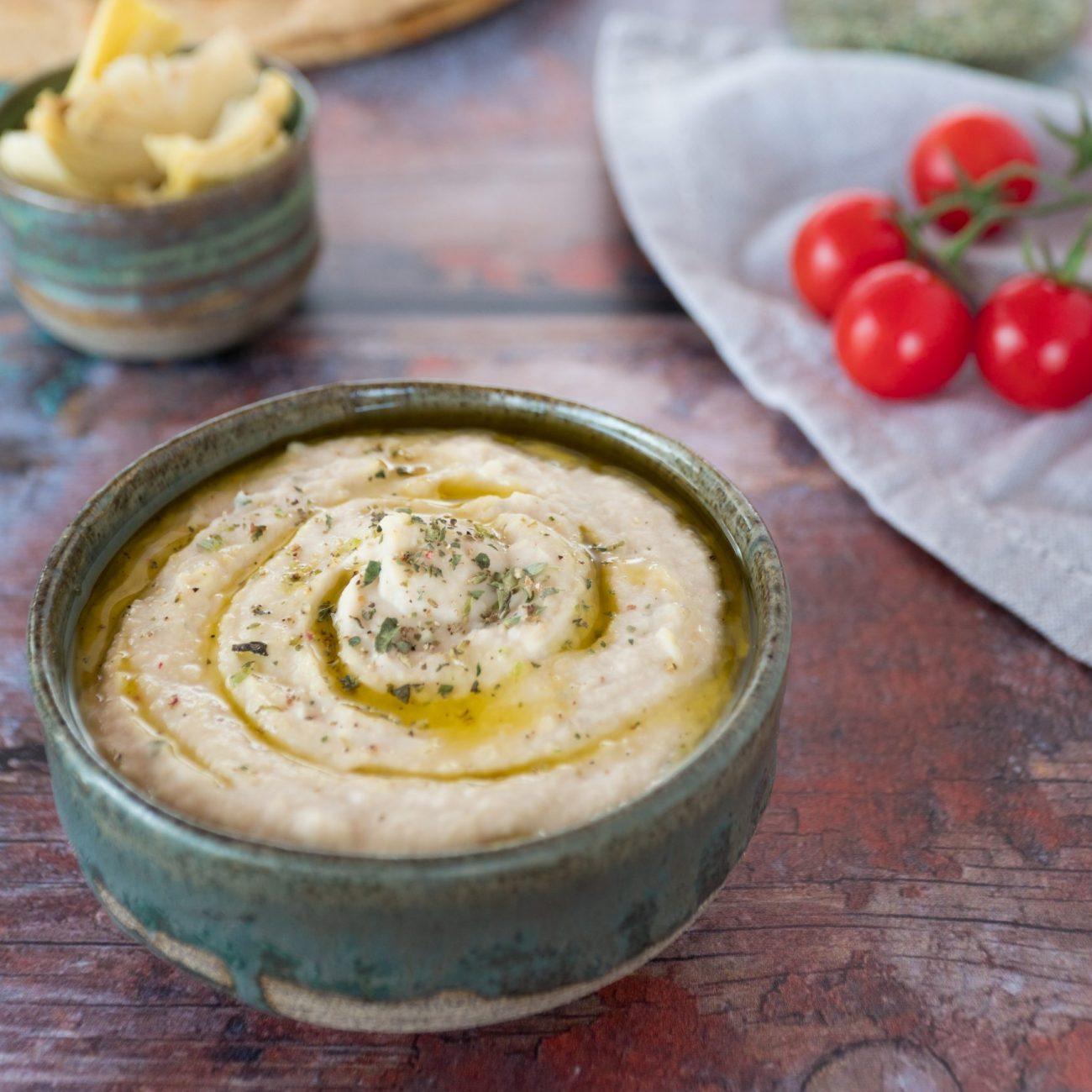 Hummus di cannellini e carciofi