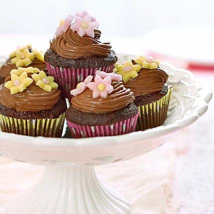Mini cupcake al cioccolato e fragole