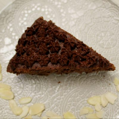 Torta mandorle e cioccolato senza glutine con dolcificante naturale
