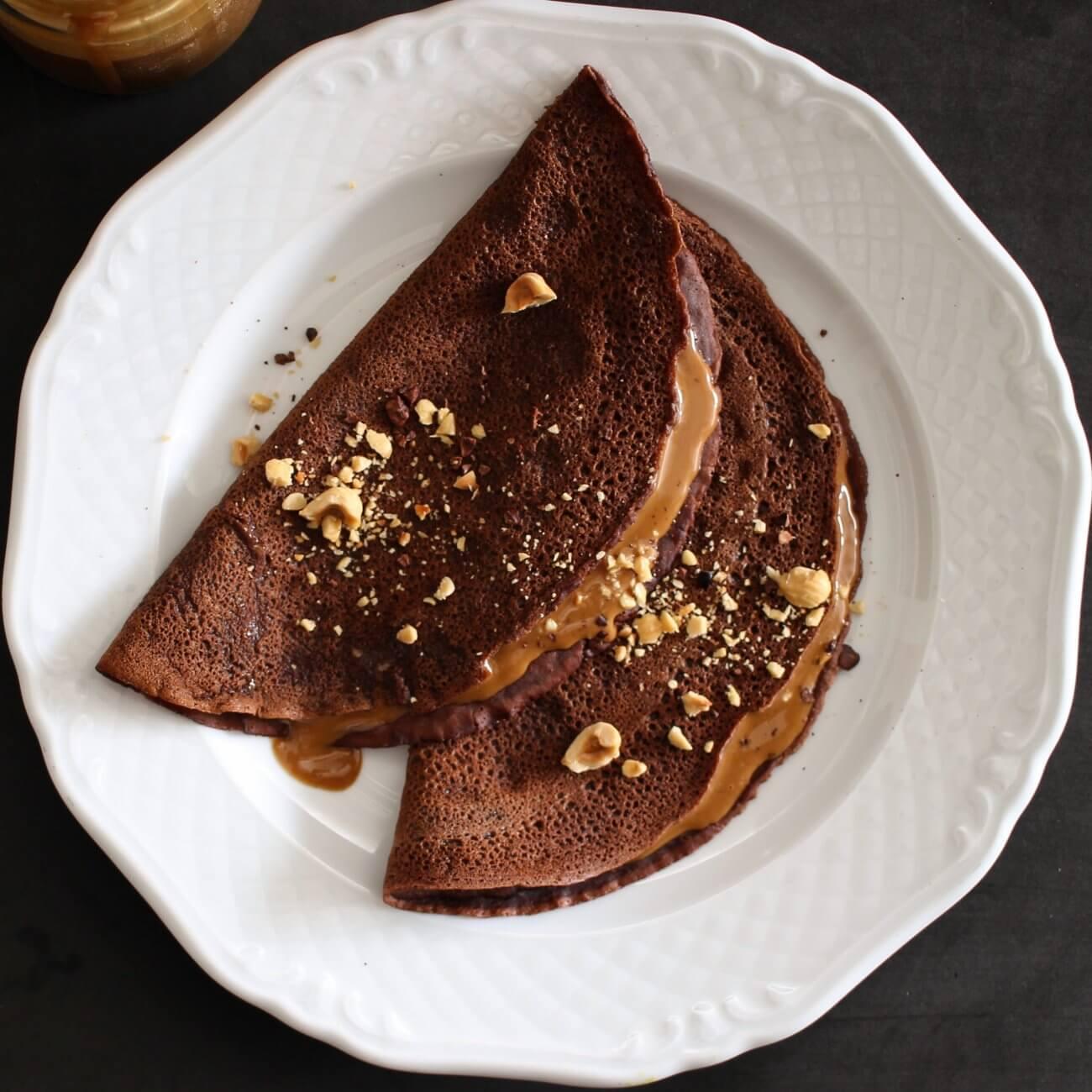 Crêpes al cacao e crema alla nocciola