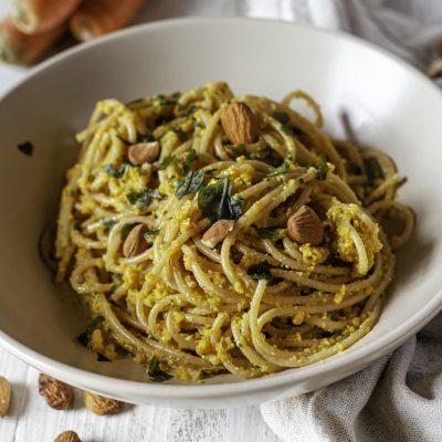 Spaghetti con pesto di carote vegan Angelica Parisi-Io Scelgo Veg