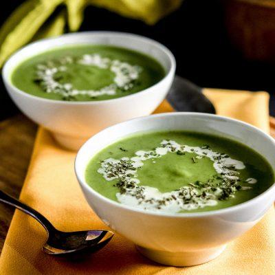 vellutata di sedano rapa con spinacini vegan