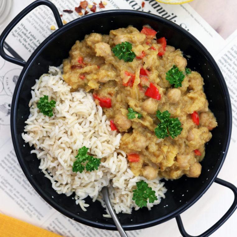 Curry vegan di mango e ceci