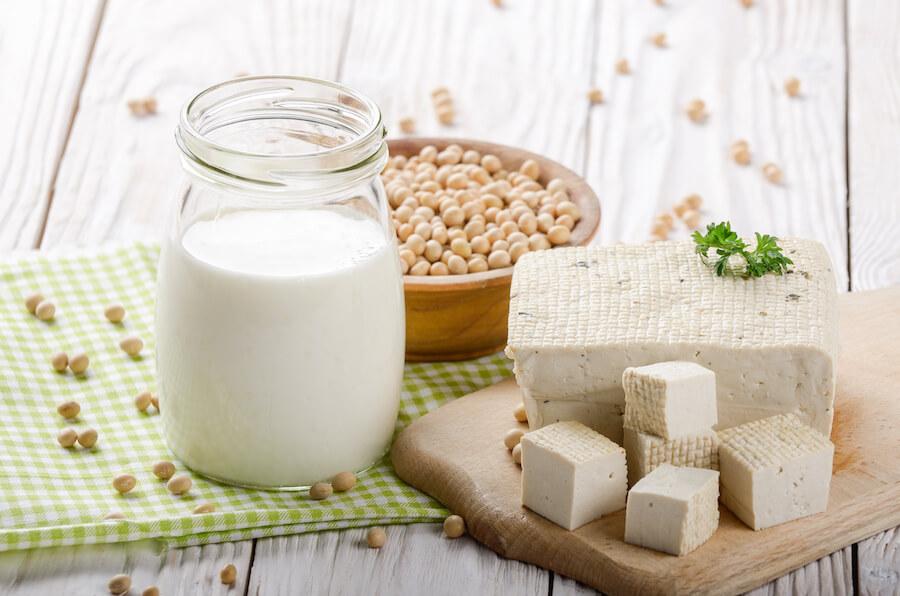 tofu, soia e latte di soia